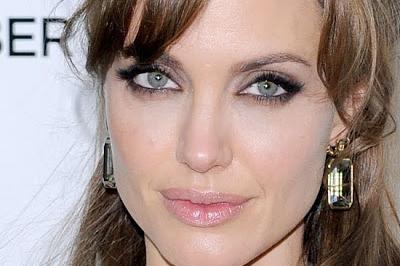 BRLentes_Celebridades_Angelina_Jolie1