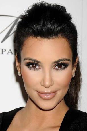 BRLentes_Celebridades_Kim_Kardashian1